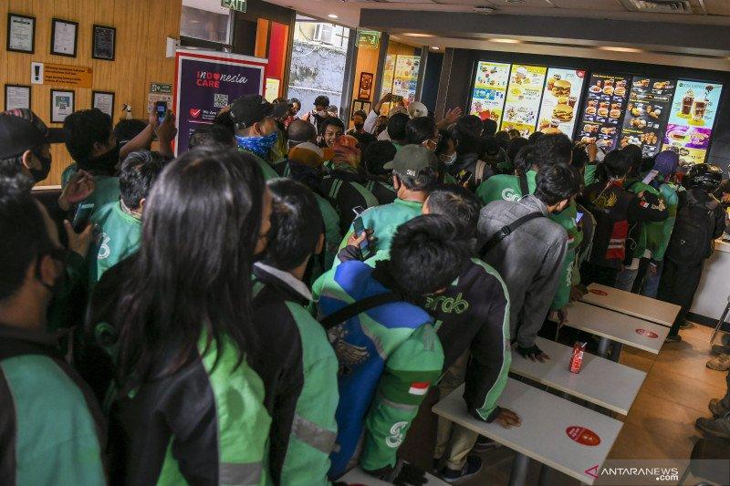 Polisi tegur gerai McDonald's terkait kerumunan BTS Meal