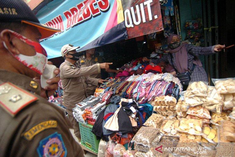 Vaksinasi massal untuk pedagang Pasar Induk Brebes