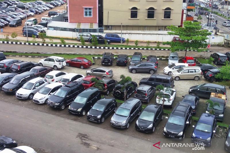 Terkait pungli, 14 tukang parkir di Palembang ditangkap
