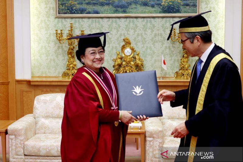 Guru Besar UNJ puji tulisan ilmiah Megawati di Jurnal Pertahanan