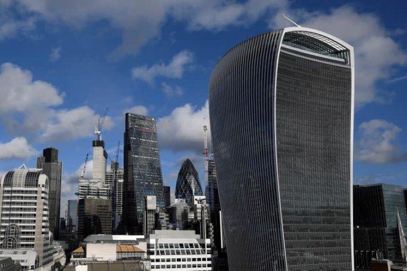 AS tetap jauh di depan sebagai pusat keuangan global