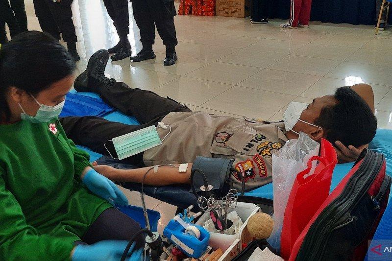 Polri gelar donor darah bantu penuhi kebutuhan darah wilayah DKI