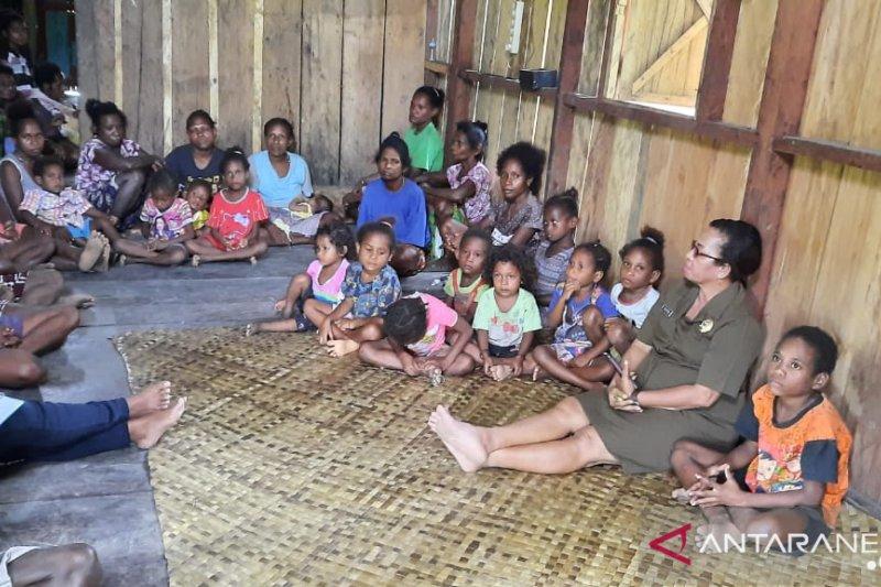 Transportasi dan kemiskinan masyarakat pedalaman Wondama