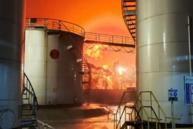 Pertamina masih berupaya padamkan kebakaran di Kilang Cilacap