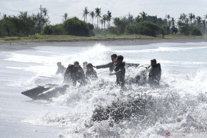 Latihan bersama marinir Indonesia - AS
