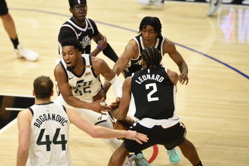 Clippers kalahkan Jazz untuk jaga peluang di semifinal Wilayah Barat