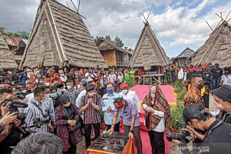 Menparekraf mempromosikan kompleks rumah adat Uma Lengge di Bima