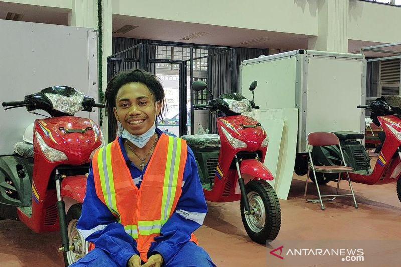 Bangkit dari kelumpuhan, kini Rana jadi pembuat motor khusus difabel