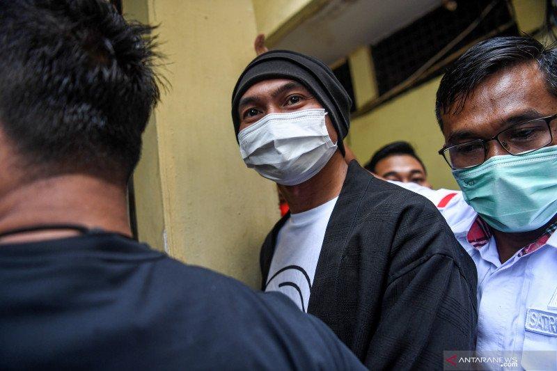 Kriminal kemarin, Anji ditahan hingga preman Pasar Tanah Abang diciduk