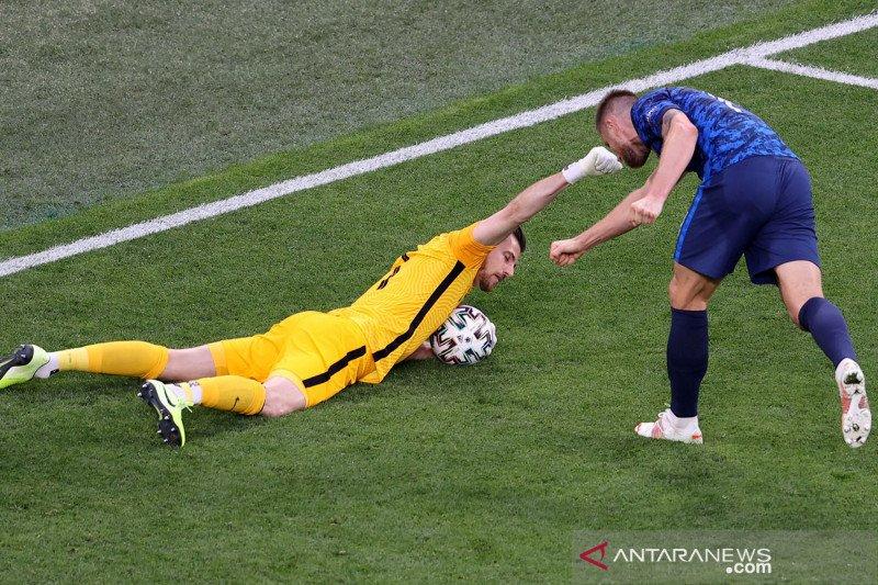 Euro 2020: Slovakia kalahkan Polandia 2-1