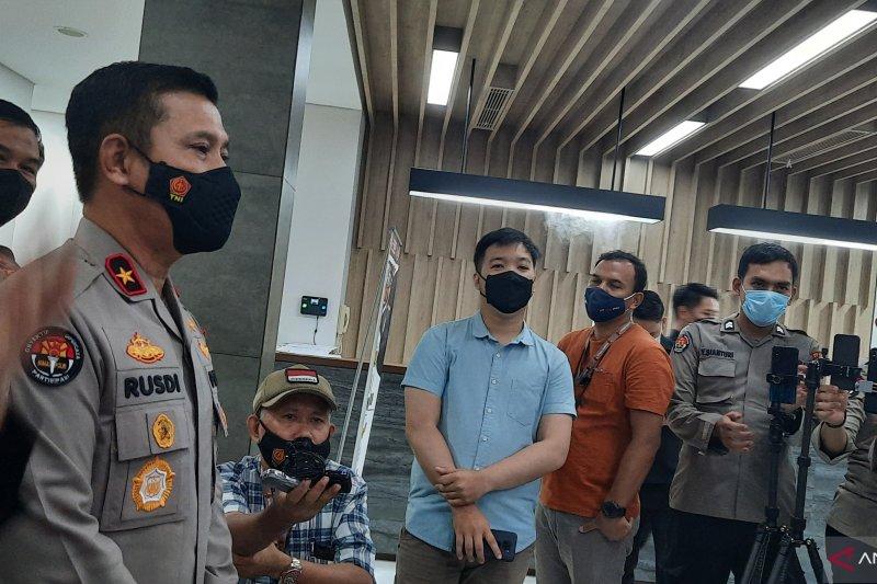 Polri ungkap peran jaringan teroris Riau sembunyikan DPO JI