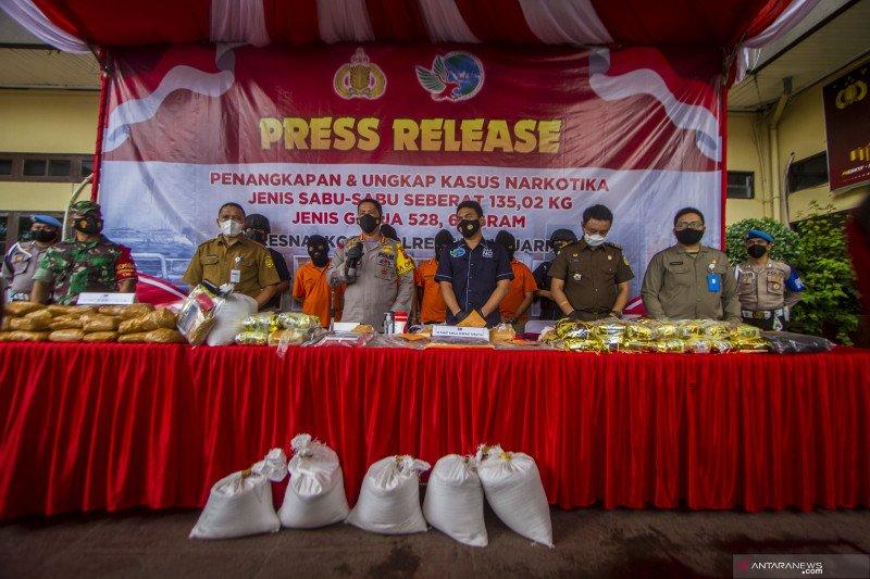 Polresta Banjarmasin ungkap peredaran narkoba jaringan internasional
