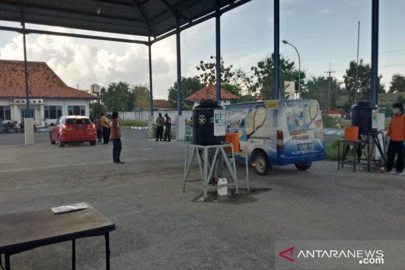 Positif di penyekatan Suramadu, Satgas Pamekasan jemput empat warga
