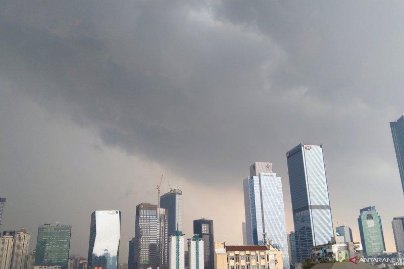 Sebagian besar wilayah DKI diprakirakan hujan ringan Kamis siang