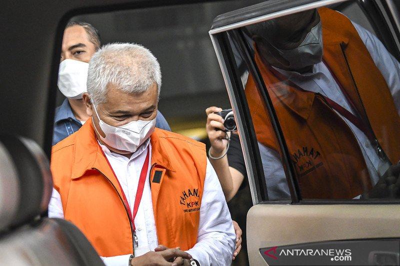 Bupati nonaktif Bandung Barat Aa Umbara Sutisna diperiksa KPK