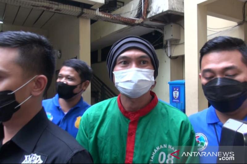 Anji jalani asesmen di BNNP DKI Jakarta