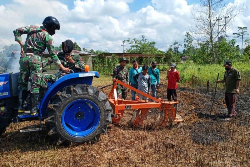 Satgas Pamtas ajak masyarakat dukung program ketahanan pangan