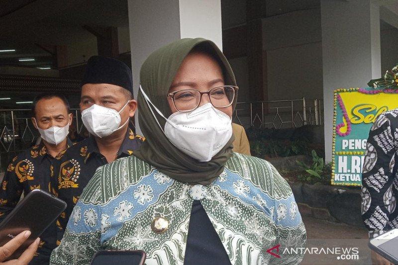 Bupati Bogor pilih pemeriksaan surat antigen daripada ganjil-genap