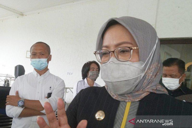 Kabupaten Bogor batal gelar PTM saat kasus COVID-19 kembali melonjak