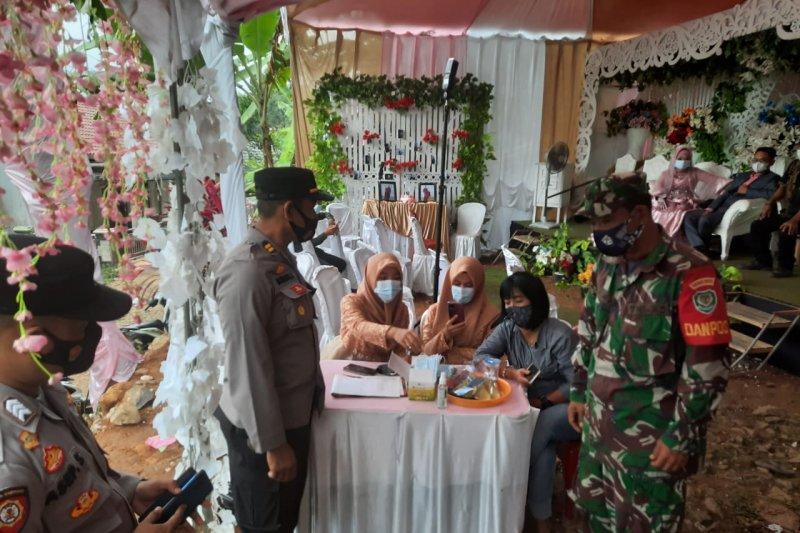 Langgar protokol kesehatan, pesta pernikahan di Sukabumi dibubarkan
