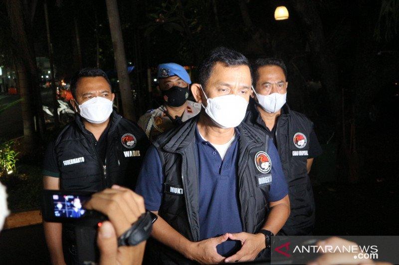 Polisi tutup Kelab