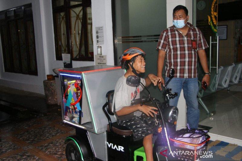 Motor roda tiga tingkatkan omzet dagangan penyandang disabilitas