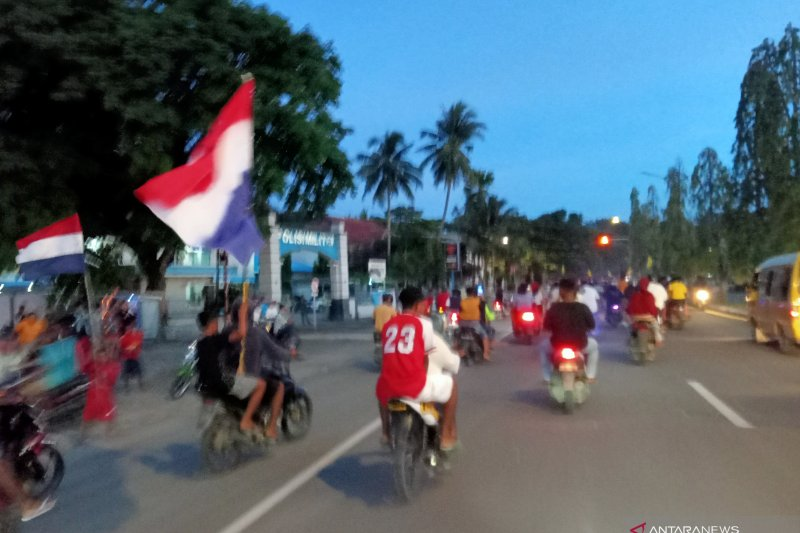 Penggemar Piala Eropa di Papua Barat konvoi abaikan protokol kesehatan