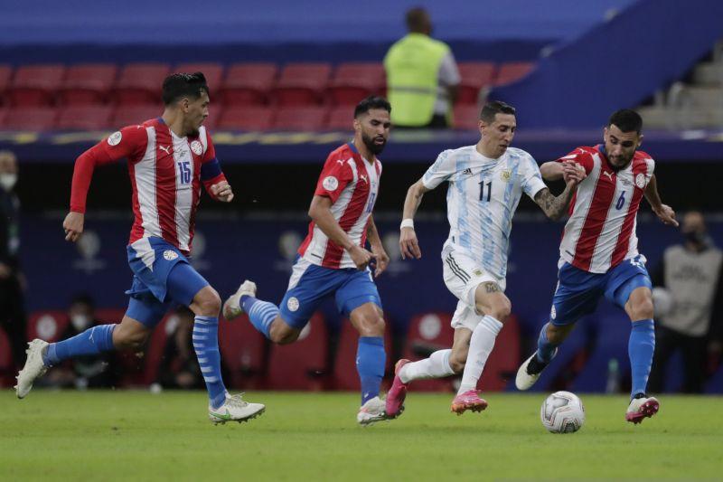 Argentina puncaki Grup A setelah menang tipis 1-0 atas Paraguay