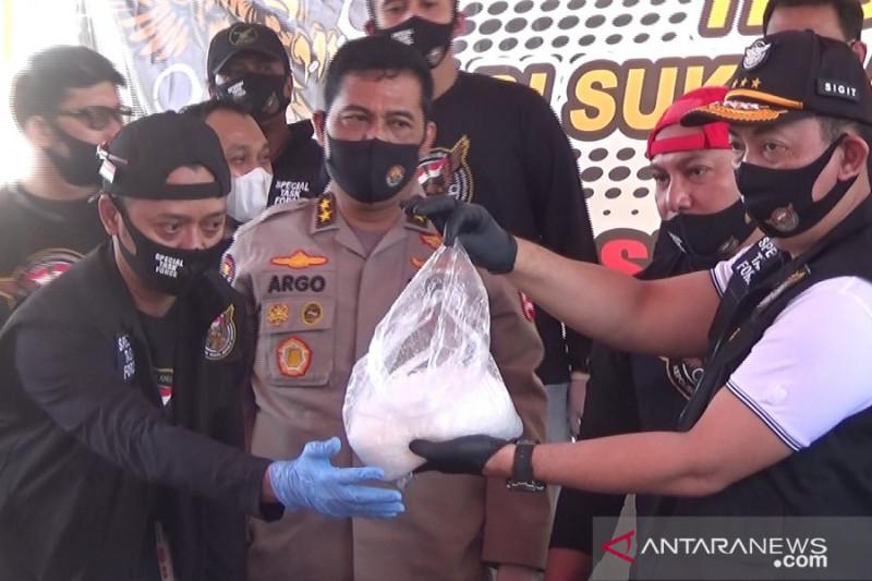 JPU tuntut penyelundup ratusan kilogram sabu-sabu dengan hukuman mati