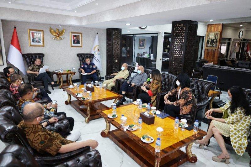 Kasus COVID-19 melonjak, Ketua DPD RI diminta imbau Kadin tunda munas