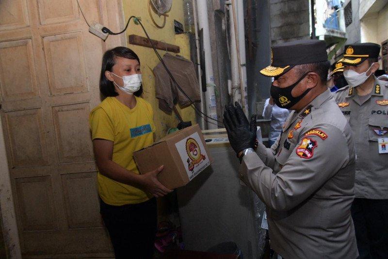 1.626 KK di Tambora terima bansos paket sembako HUT Polri