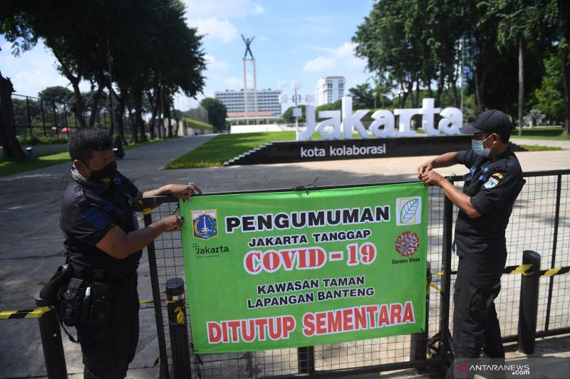 Sepekan Jakarta, PPKM Mikro diperpanjang hingga tarif parkir naik