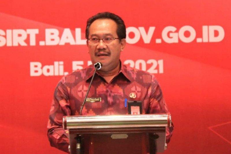 Gubernur: PPDN lewat transportasi udara ke Bali wajib kantongi uji PCR