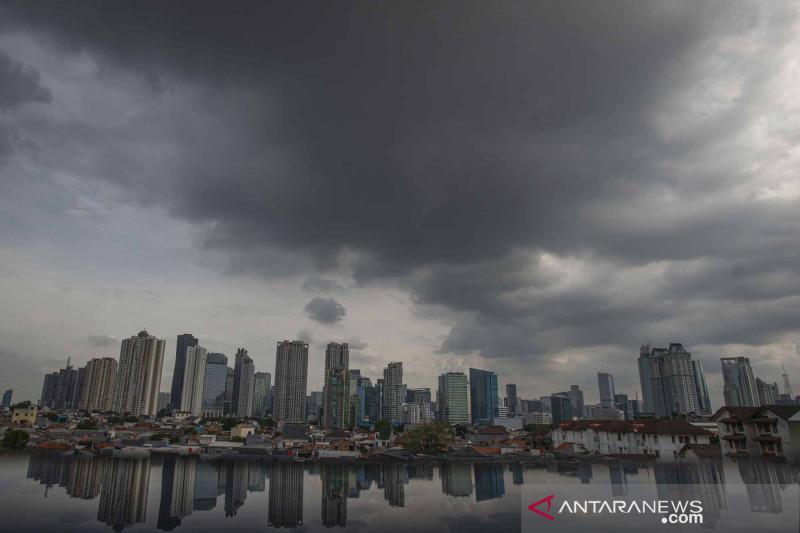 BMKG sampaikan peringatan dini potensi hujan di tiga wilayah Jakarta