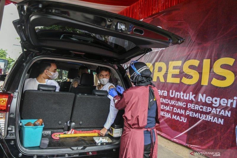 Polres Metro Jakarta Selatan gelar vaksinasi COVID-19 lantatur