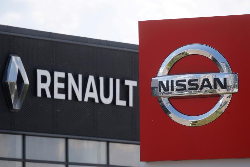 Renault akan tangguhkan produksi di pabrik Busan imbas chip langka