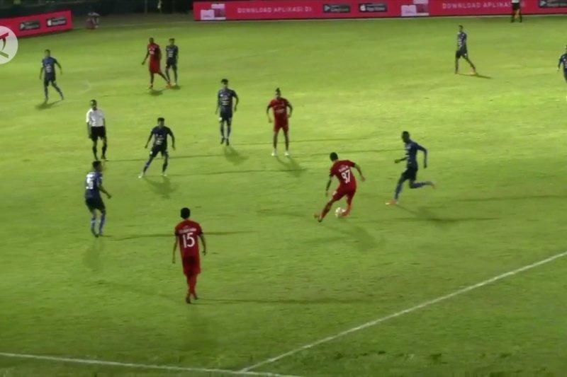 Kemenpora sosialisasi percepatan pembangunan sepak bola nasional di Jatim