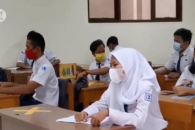 Komisi X DPR setuju opsi PTM kecuali DKI Jakarta