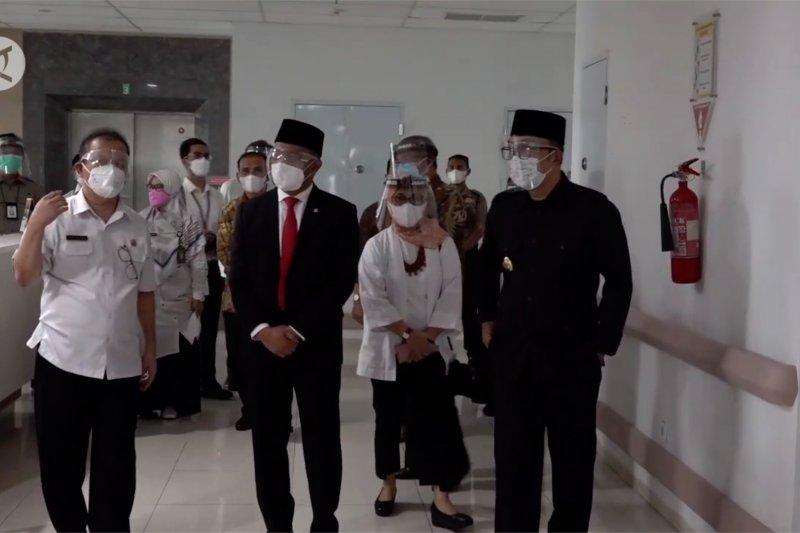 Menko PMK tinjau RS penanganan COVID-19 untuk ibu hamil di Bandung