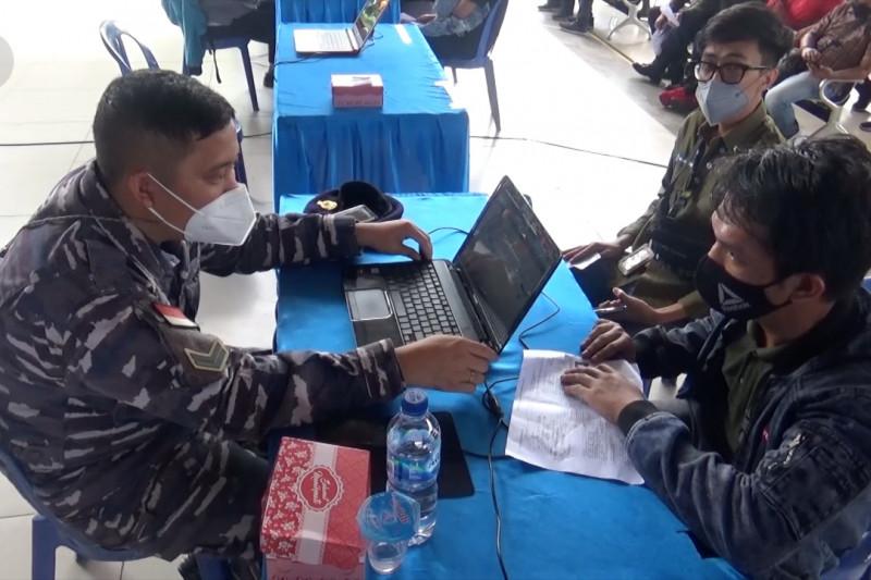 Lanal Banjarmasin sasar masyarakat pesisir untuk vaksinasi