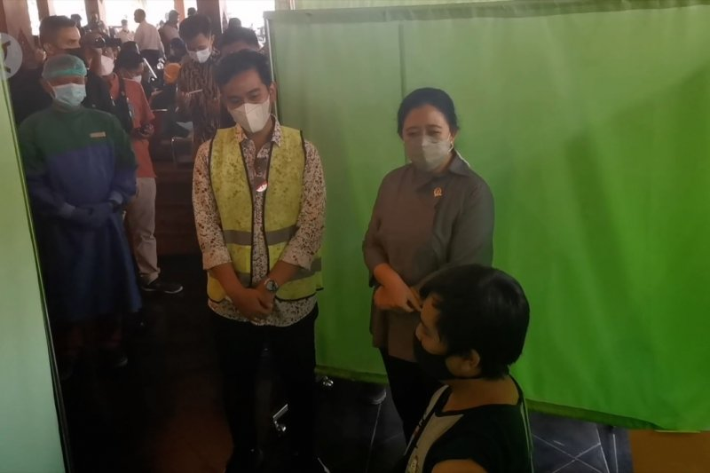 Puan Maharani dorong dapilnya lakukan percepatan vaksinasi COVID-19