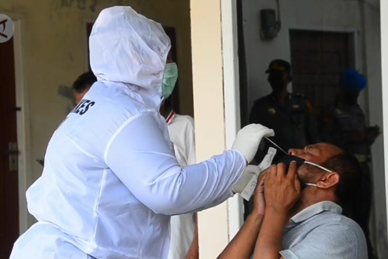 Semakin banyak yang sembuh, kasus COVID- 19 di Riau turun
