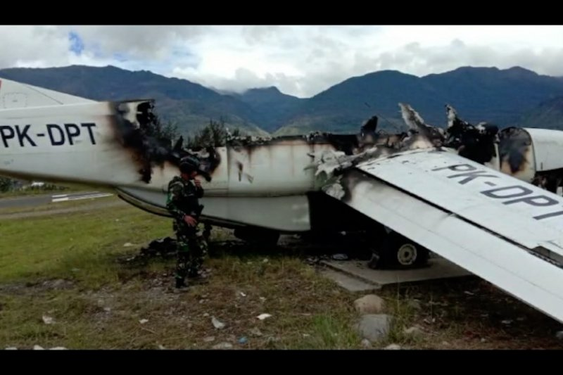 4 warga sipil tewas dan fasilitas Bandara dibakar KKB di Puncak Papua