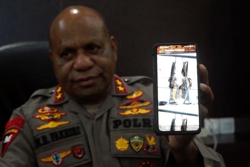 Polisi temukan 2 senpi Polsubsektor Oksamol yang dicuri KKB