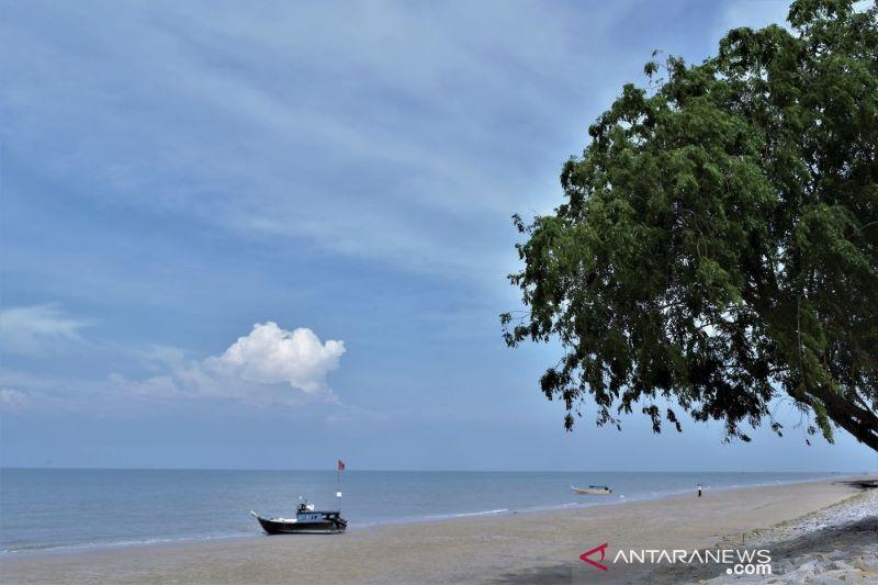 Kapal Pesiar Cruise melintasi perairan Riau aman perompakan