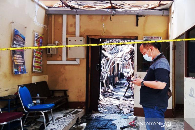 Kantor Satuan Reserse Kriminal Polresta Banjarmasin terbakar