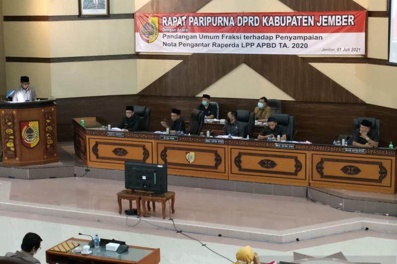 Sejumlah fraksi soroti buruknya pengelolaan keuangan APBD Jember 2020