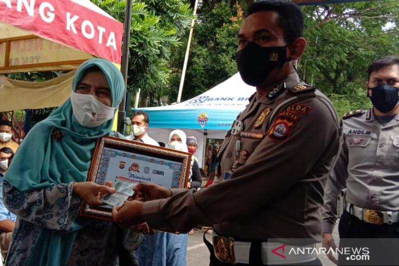 Polda Banten gratiskan pembuatan SIM bagi 100 warga lahir 1 Juli