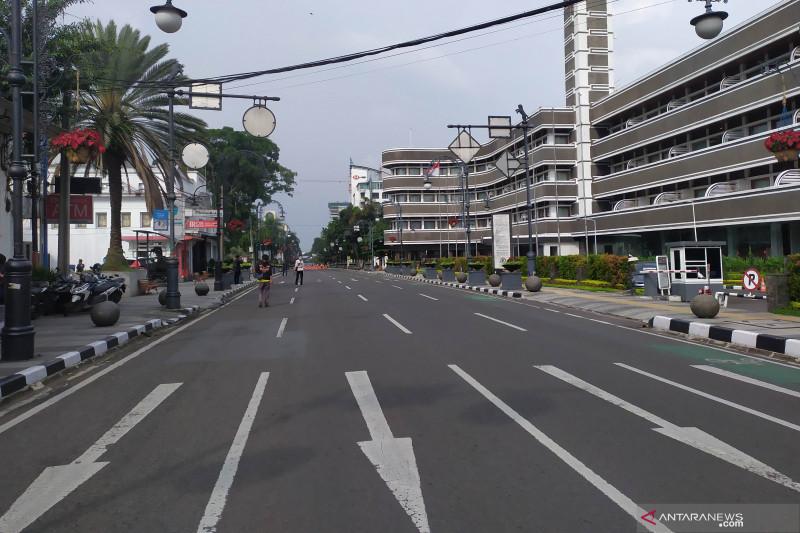 Polrestabes Bandung tutup 41 titik jalan raya sejak siang hari