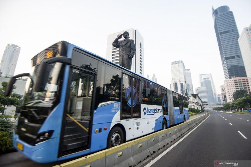 TransJakarta wajibkan penumpang miliki STRP mulai 12 Juli